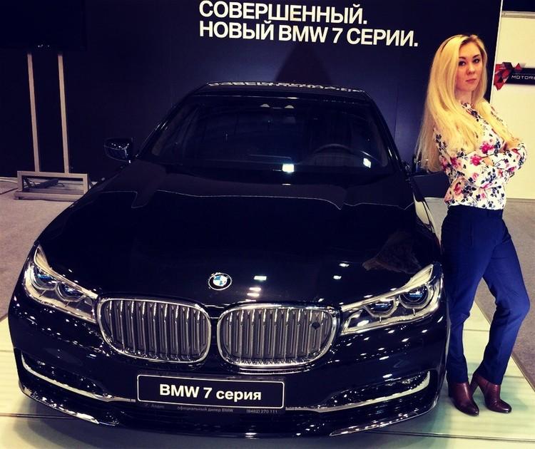 Светлана тоже хочет пойти в армию и не понимает, почему в ДНР можно, а в России - нельзя