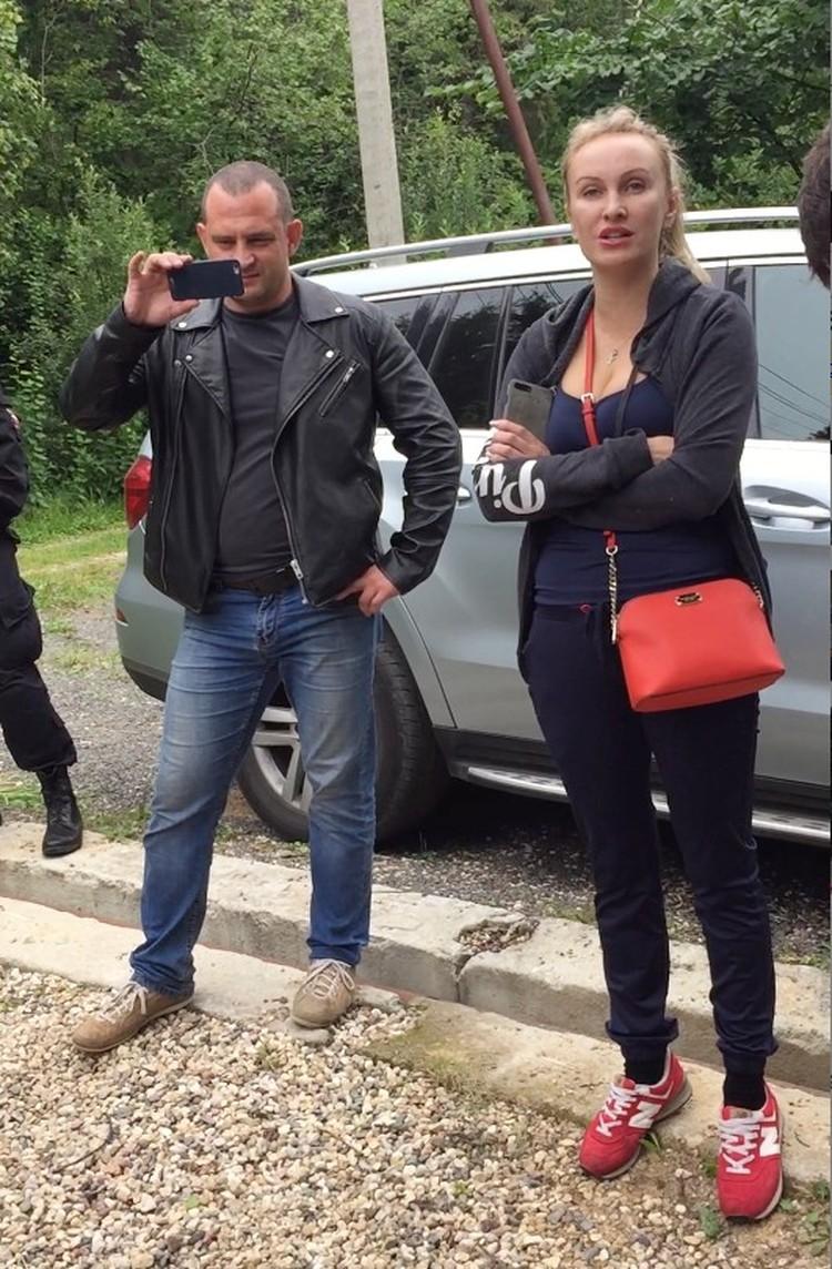 Члены STOPкиднеппинга Андрей Сиднев и Олеся Аносова Фото: из архива Любови Ермоловой