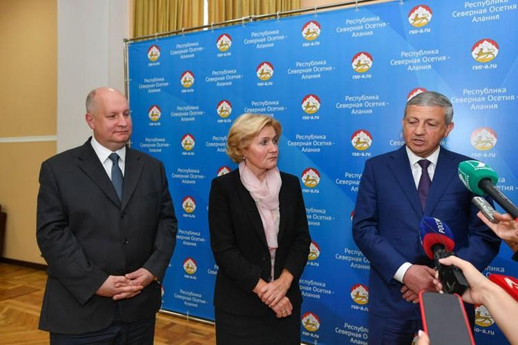 После заседания Ольга Голодец, Сергей Чеботарев и Вячеслав Битаров пообщались с журналистами