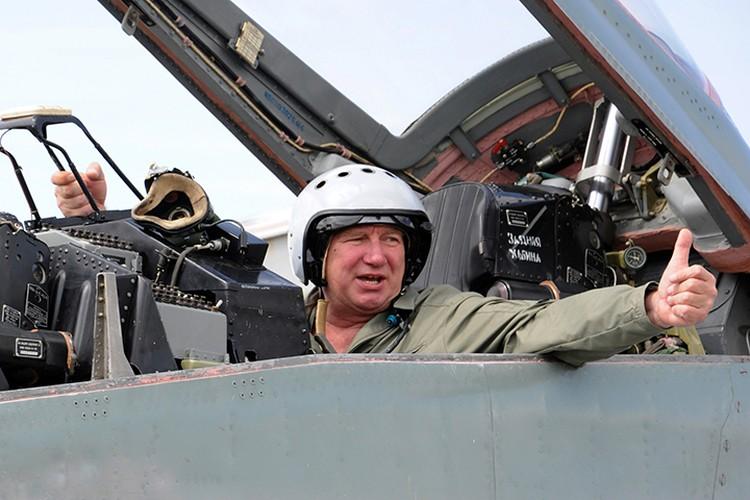 Александр Крутов при приземлении не пострадал. Фото: ЛИИ