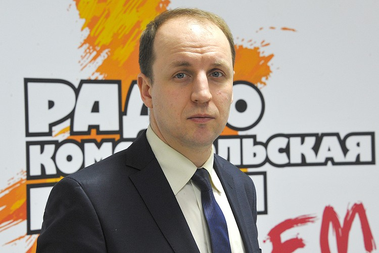 Политолог Богдан Безпалько на радиостанции `Комсомольская правда`.