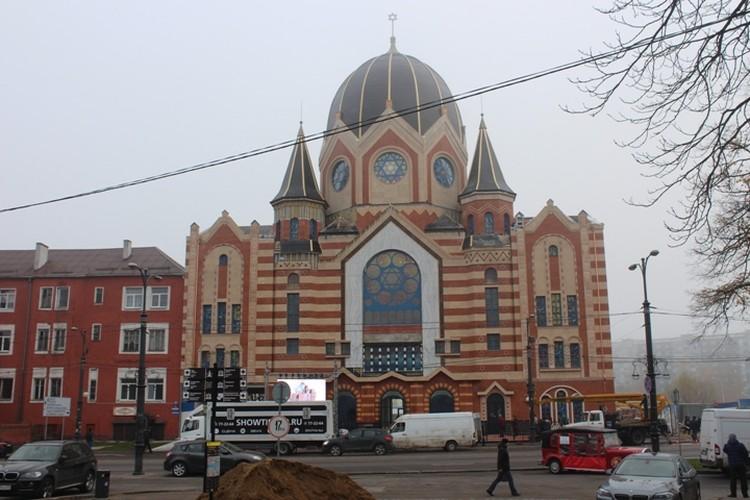Открытие синагоги запланировано на 8 октября.
