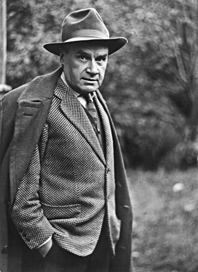 Шляпа – это важный атрибут джентльмена в 30-50-е годы. Можно сказать, статусная вещь. Дед всегда носил шляпы. Фото: Личный архив