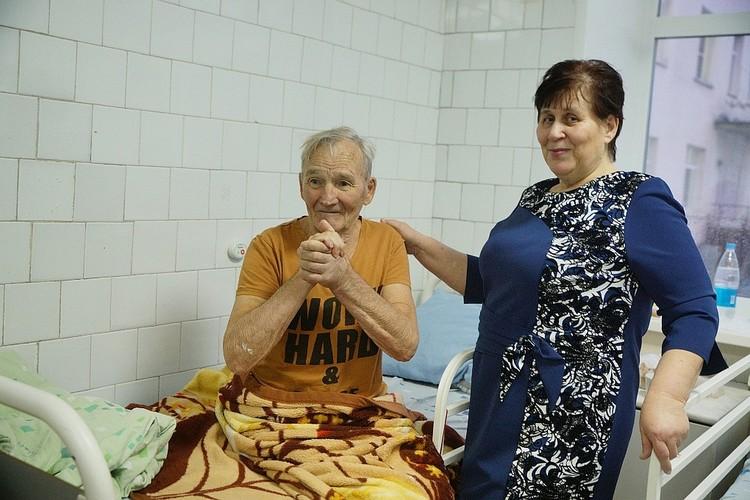 Николай Выгузов и его супруга Татьяна год назад.