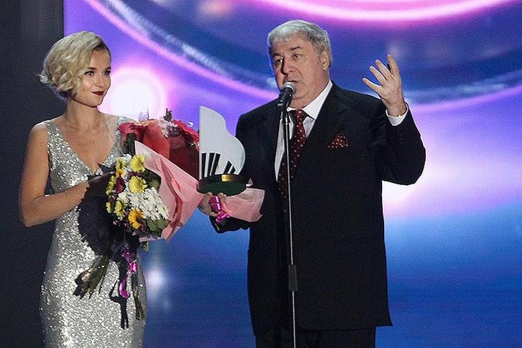 Полина Гагарина и Михаил Гуцериев на «Песне года». Фото: пресс-служба фестиваля «Песня года».