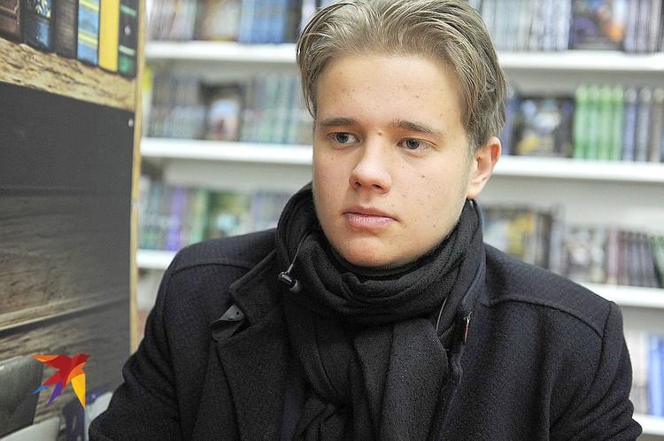 Старшеклассник Леонид организовал профсоюз, в который вступили 170 человек из той же школы