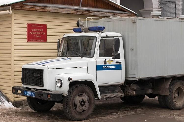 Павла Яромчука, обвиняемого в изнасиловании дознавательницы, привезли в суд без уведомления адвокатов