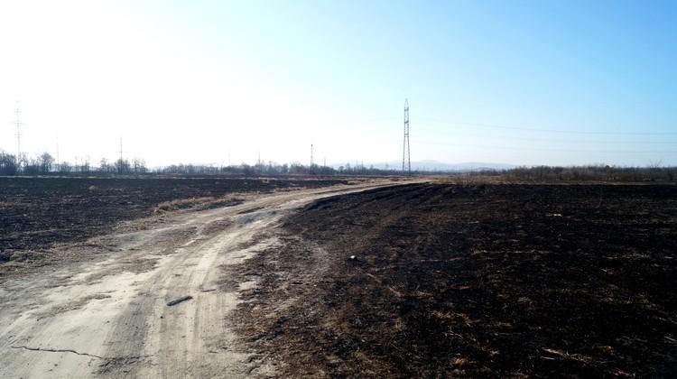 Последствия пожара неподалёку от пункта временного содержания.