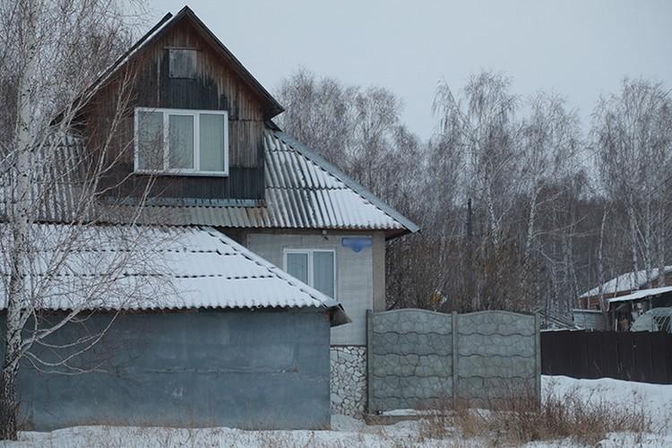 В этом доме Василий Корчагин ведет (или вел) свои приемы