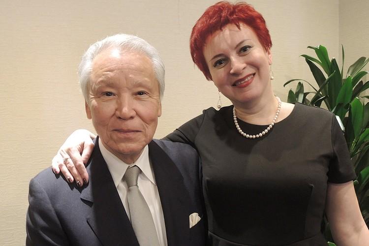 Спецкор «КП» Дарья Асламова и бывший главарь якудзы господин Агата.