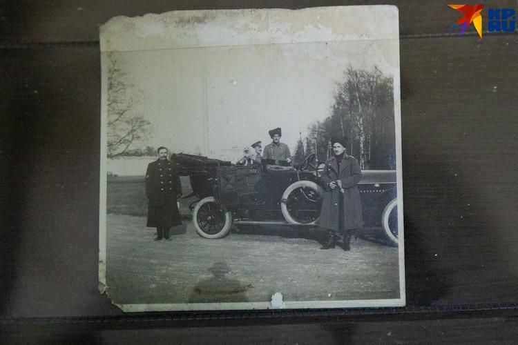 А это фото уже заинтересовало ценителя старинных автомобилей
