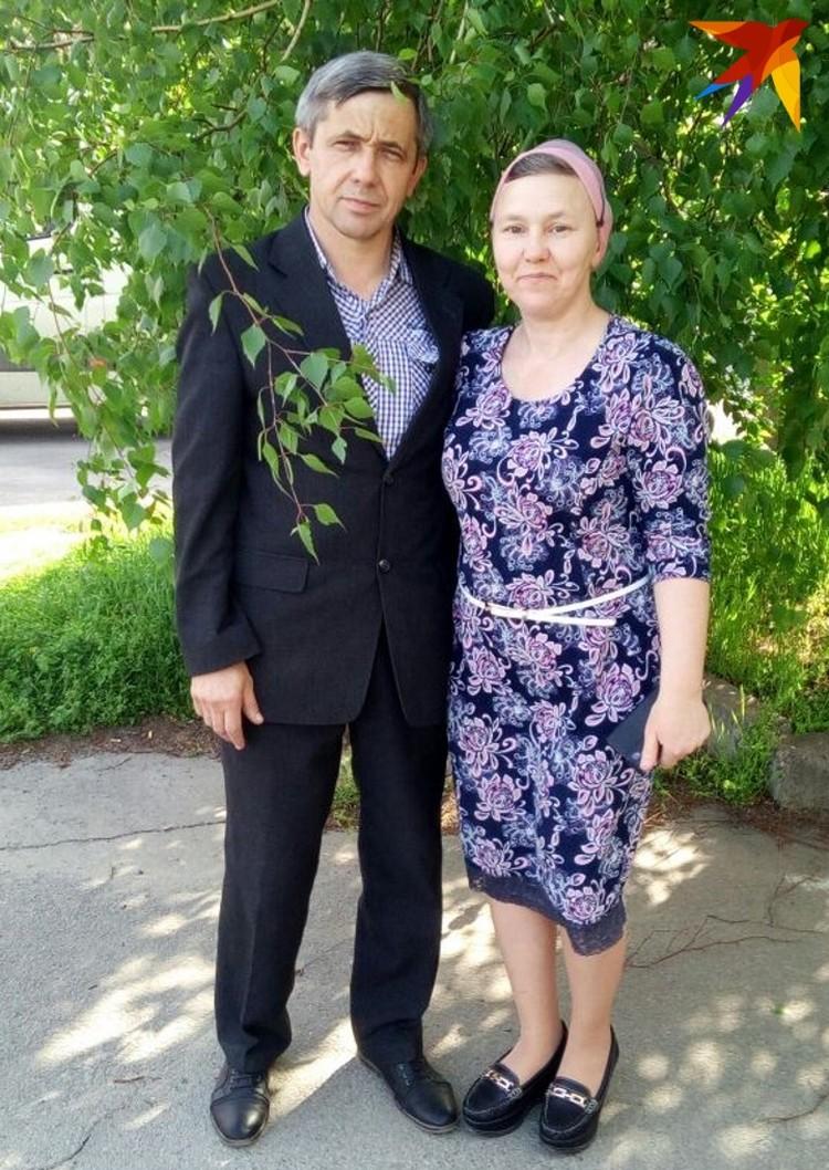 Марина вместе с супругом душа в душу живут вместе уже 27 лет.