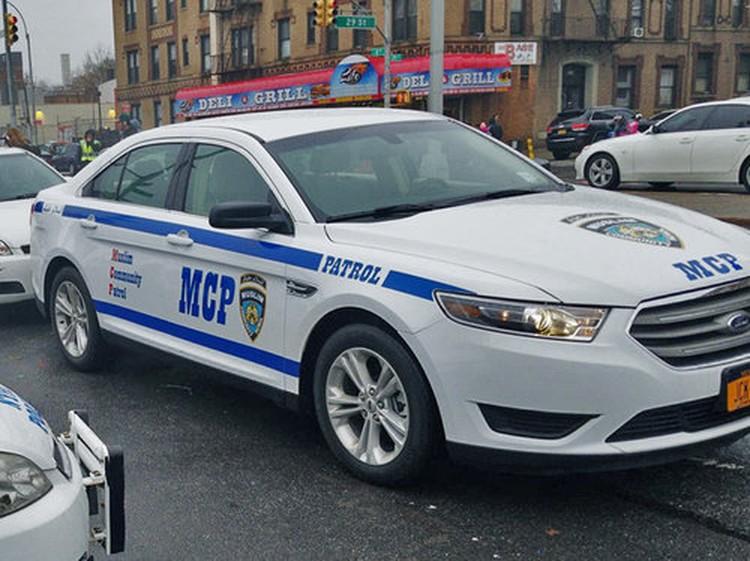 Автомобиль организации можно спутать с полицейским. Фото muslimcps.org