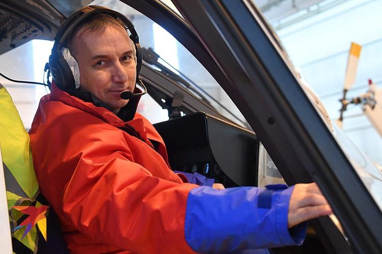 Заместитель командира 2-й авиационной эскадрильи МАЦ Вячеслав Каленов.