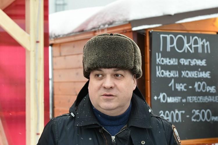Илья Шульгин решил отдельно поощрять самых выдающихся автолюбителей. Фото: пресс-служба города Кирова
