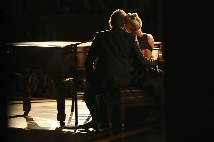 Поклонники заметили невероятное притяжение между артистами