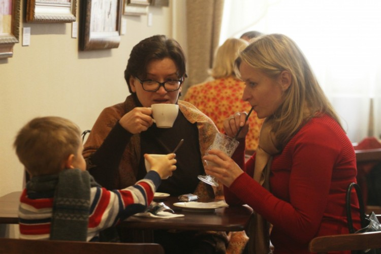 Проведите время с семьей и сходите в кафе