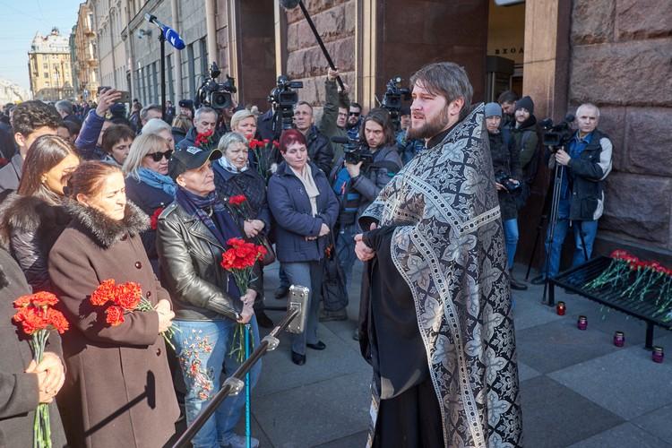 Священник Сергей Кубышкин.