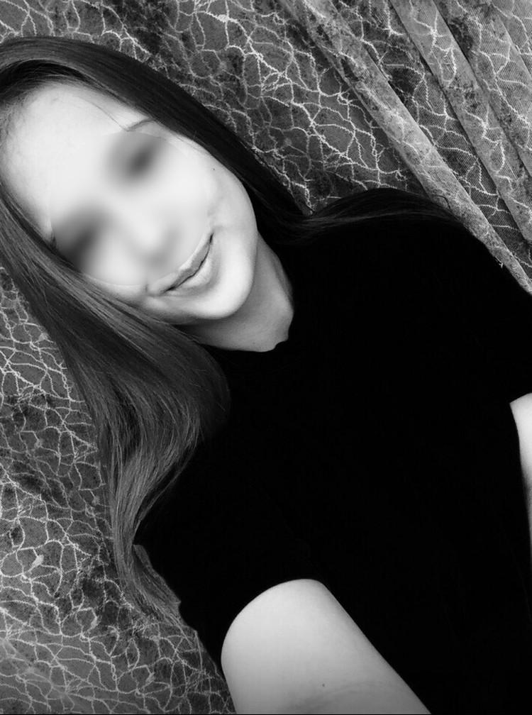 Одна из девушек - Ксения