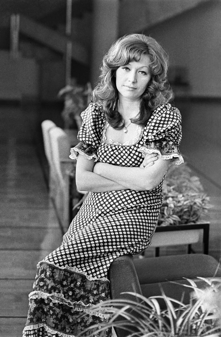 Певица в 1976 году. Фото Юрия Белозерова /Фотохроника ТАСС/