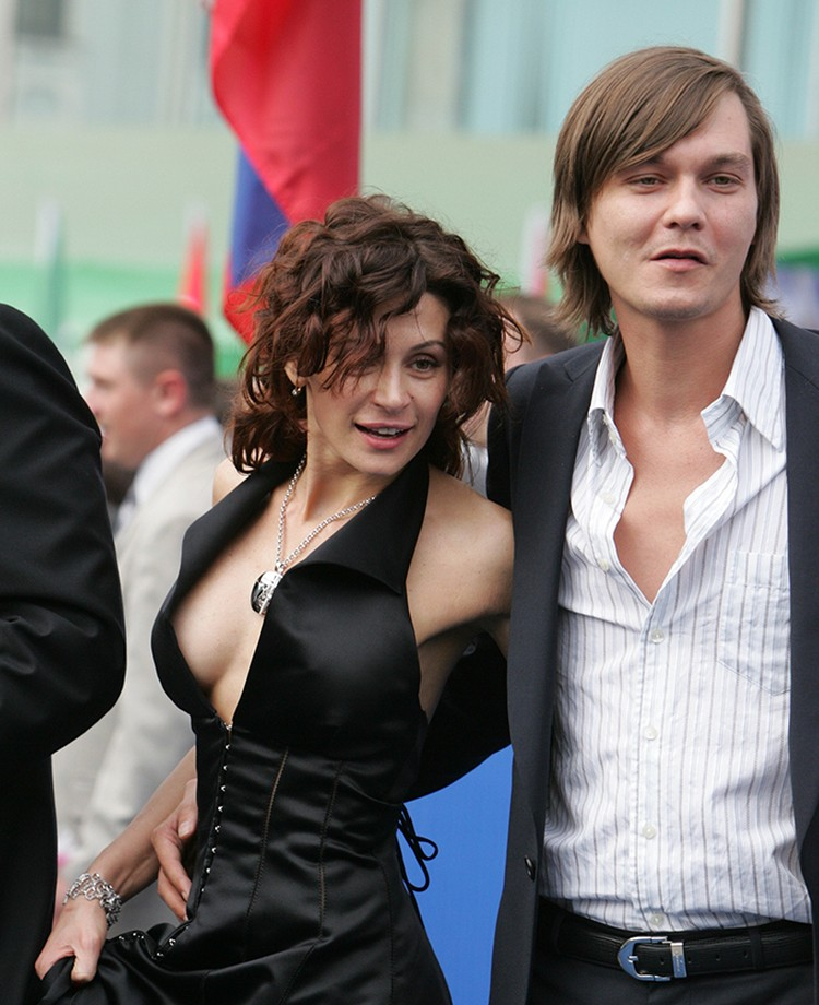 Оксана Фандера, актриса, жена Филиппа Янковского