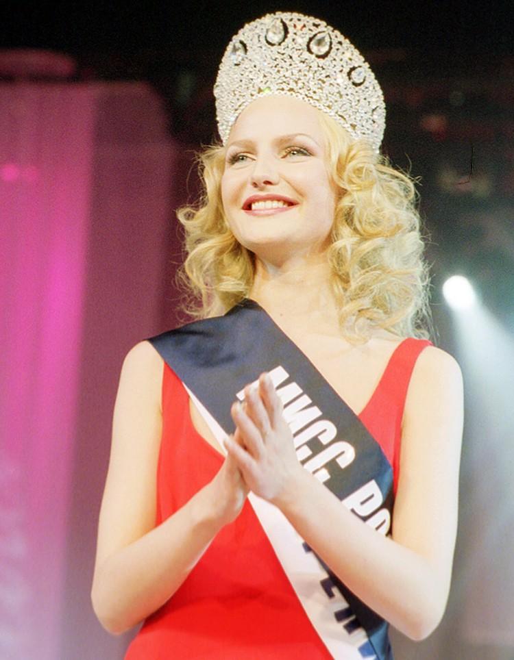 Королевой, только без буквы «ё» она стала настоящей. В 2002 году выиграла главный национальный титул