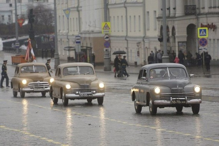 Ретро автомобили и военную технику можно будет увидеть в самом центре города