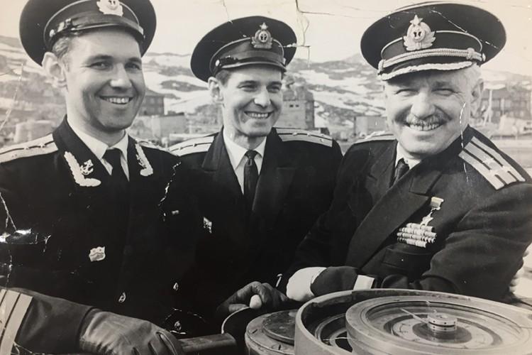 Владимир Коновалов с сыновьями.
