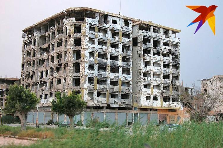 Остовы разрушенных зданий, которых не было 8 лет назад