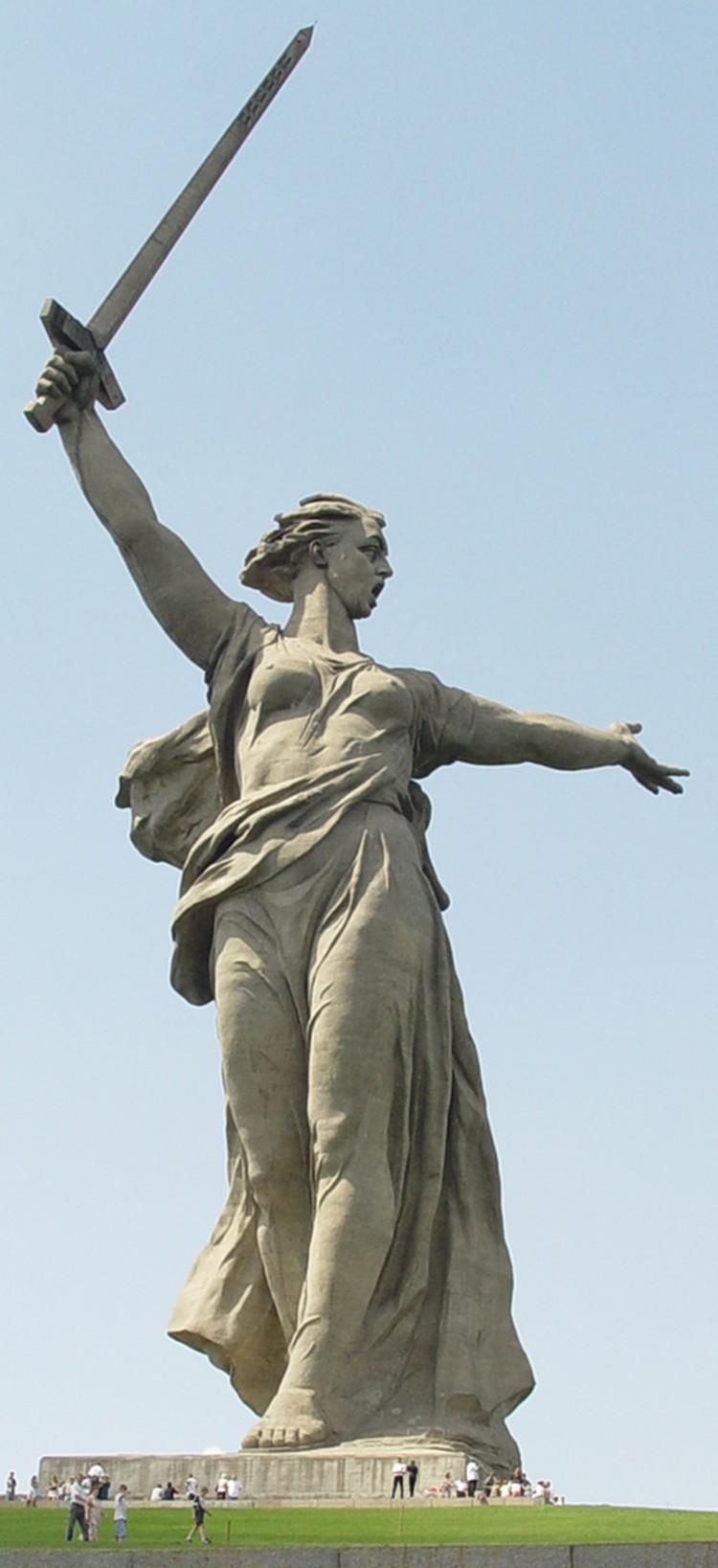 Родина-Мать в Волгограде. Фото: Википедия
