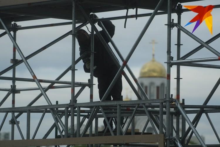 Митинги в Екатеринбурге совпали с началом стройки