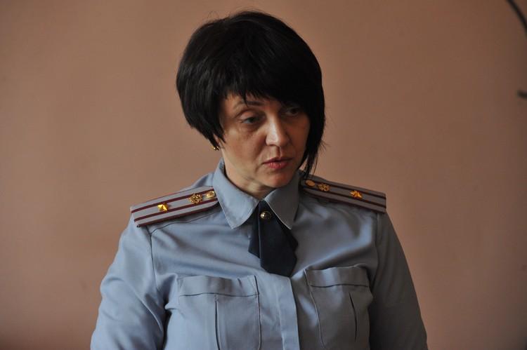 По словам галины Леоновой, занимаются они общественно полезным трудом бесплатно, в свободное от постоянного места работы время, но не менее 12 часов в неделю.