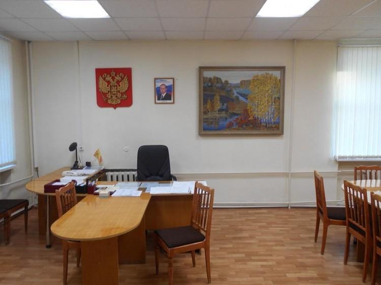 Обыски прошли в день ареста на рабочем месте и в кабинете главы. Фото: УФСБ России по Кировской области