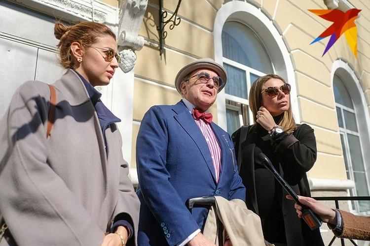 Адвокаты Казьминой.
