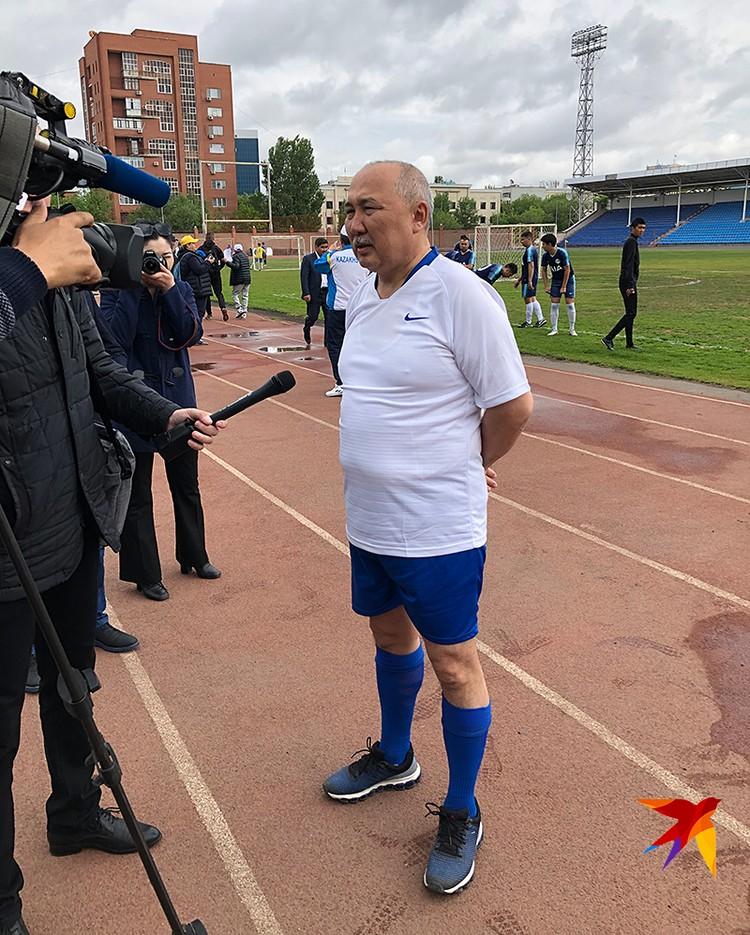 На футболке Таспихова номер 5, как и его порядковый номер в избирательном бюллетене