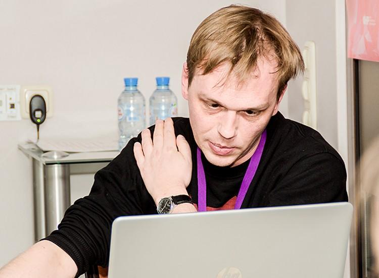 Коллеги журналиста забили тревогу, говоря, что наркотики Ивану подкинули