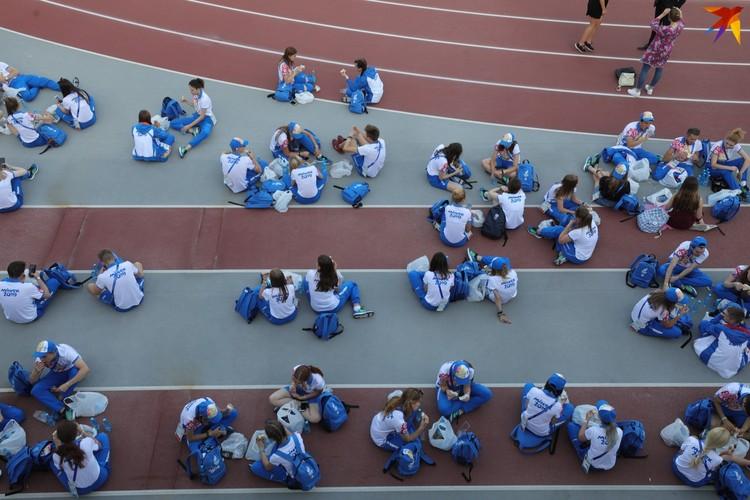 Без волонтеров игры бы не состоялись.
