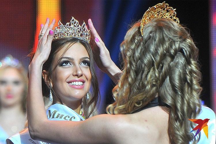 "Оксана Воеводина завоевала титул ""Мисс Москва"" в 2015 году."