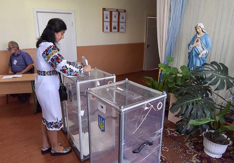 Киев выбирает парламент
