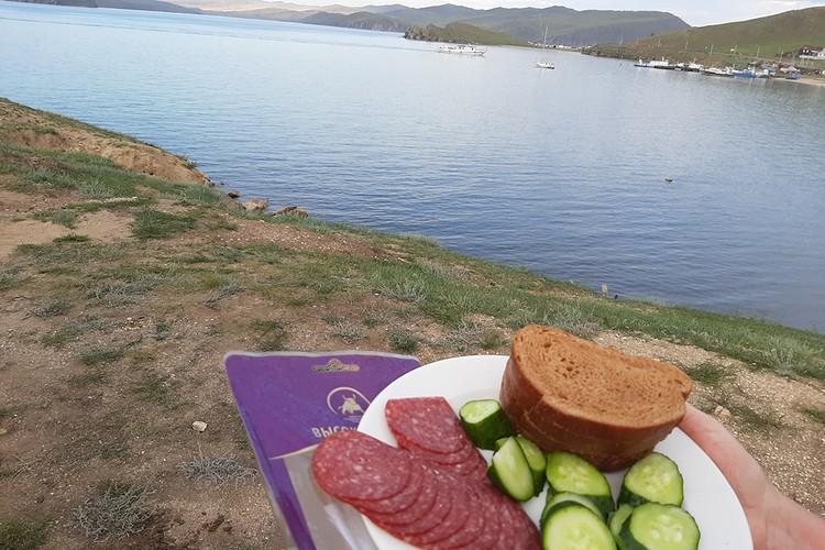 """""""Сибирская продовольственная компания"""" предоставила вкусную продукцию."""