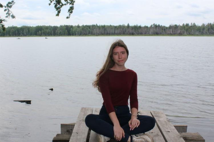 Но больше всего ребят манило озеро - теплое, прозрачное, красивое! Фото: Кристина РУКОСУЕВА