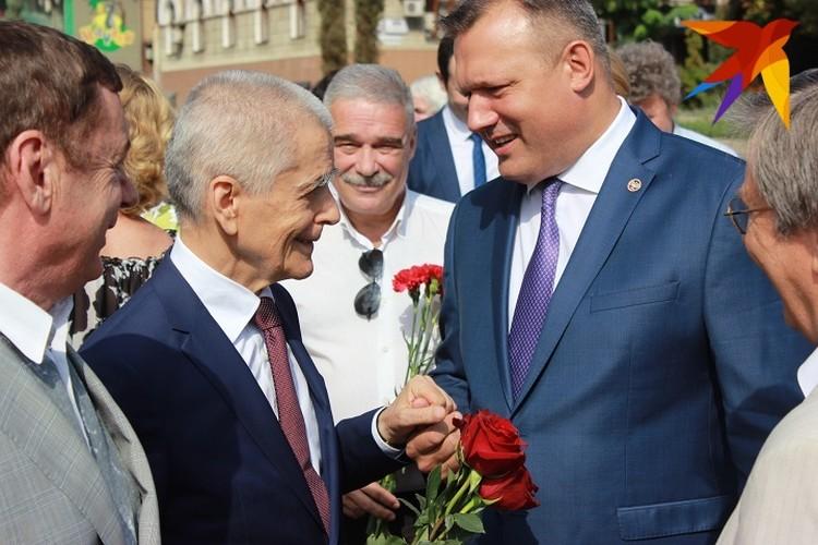 Геннадий Онищенко и мэр Донецка Алексей Кулемзин