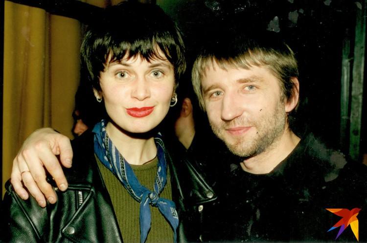 """Оксана и Анатоль запускали проекты """"Акалада"""", """"Музыкальная обойма"""", """"Клип-обойма"""", """"PROдвижение"""", а сейчас работают над программой """"Наперад у мінулае""""."""