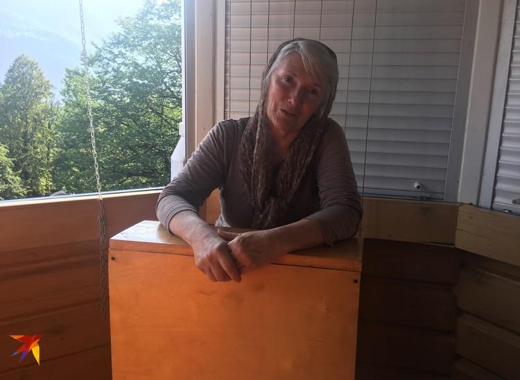 Наталья Гержакова, уверяет, что храм построили с помощью ангелов. И у нее есть доказательства