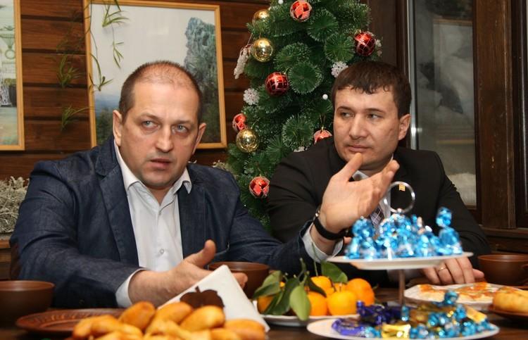Алексей Карюков своей карьерой, похоже, всецело обязан ушедшему мэру.