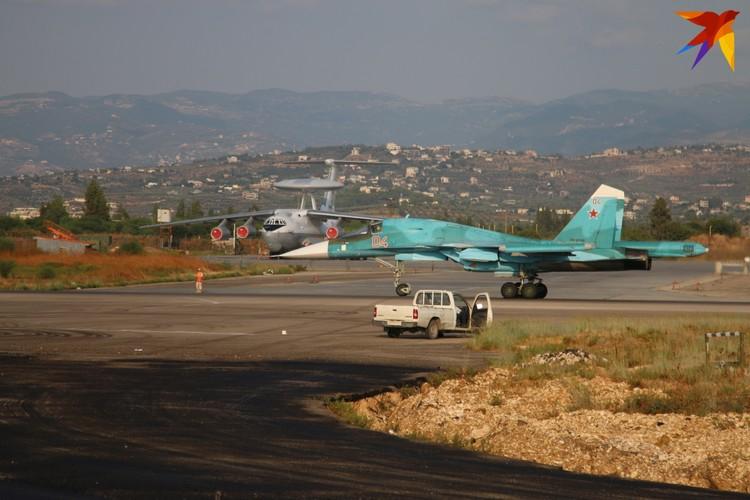 На Хмеймиме строится еще одна полоса, которая сможет принимать даже стратегические бомбардировщики