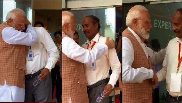 Индийский Премьер не стал ругать главу своего космического агентства - наоборот, приголубил.