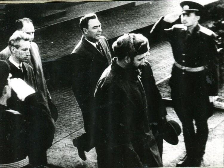 Фидель Кастро приехал в Советский Союз в апреле 1963 года