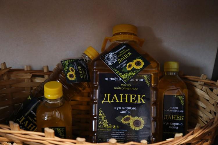 Свой бизнес каракольская семья начала с производства нерафинированного подсолнечного масла.