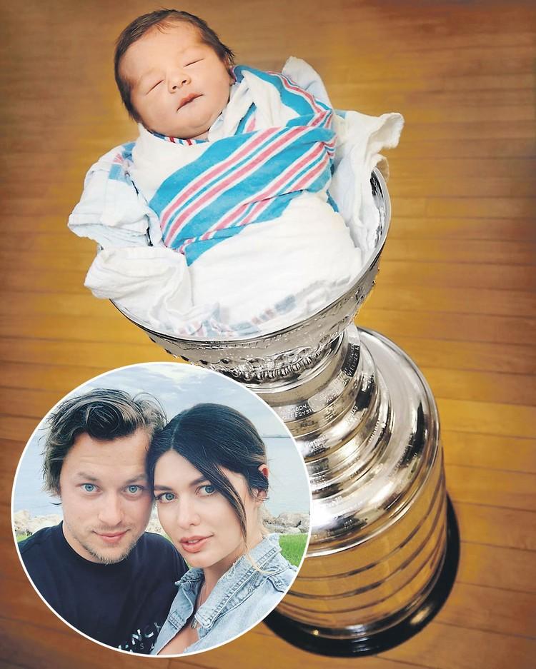 Владимир Тарасенко не смог удержаться, чтобы не разместить в Кубке Стэнли новорожденного малыша. Фото: instagram.com/tarasenko.yana
